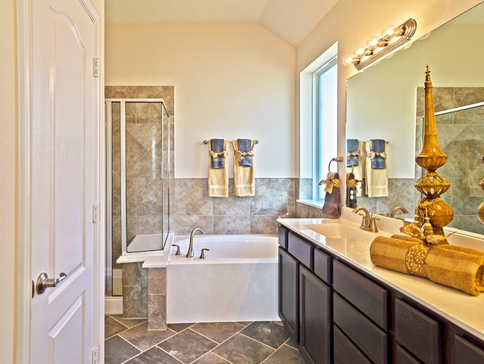 Master Bathroom (The Wetherby)