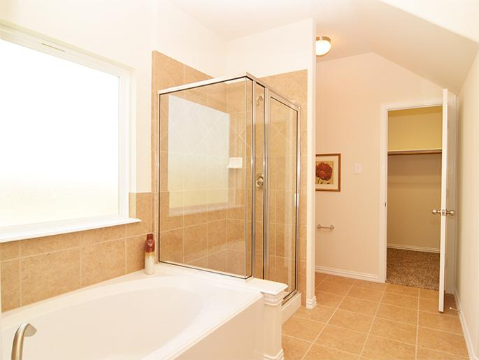 Master Separate Tub & Shower (The Bedford)